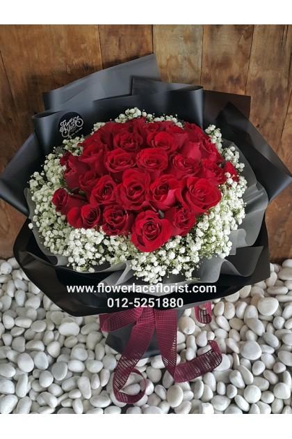 Rose Hand Bouquet 106